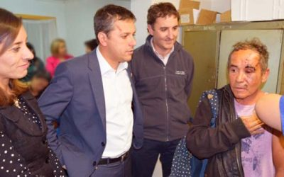 Intendente lidera operativo de vacunación contra la Influenza en hospedería del Hogar de Cristo