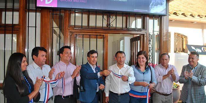 Machalí inaugura oficina de información turística