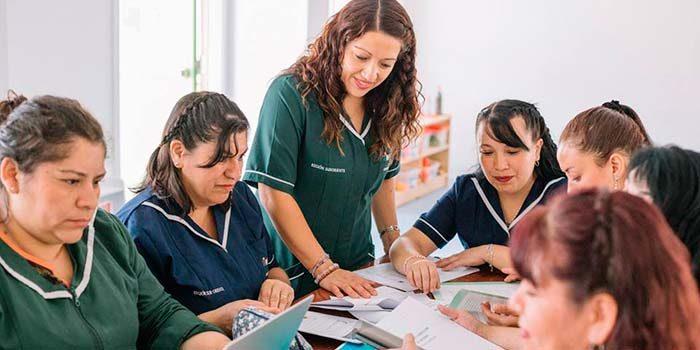 Se abre postulación a cursos gratuitos con más de 5 mil cupos para educadoras, docentes y directivos