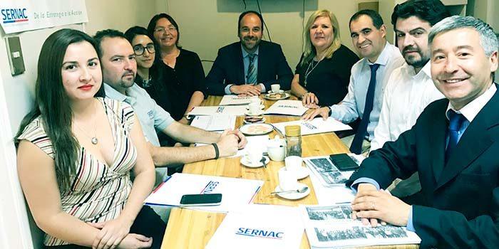 Seremi de Economía se reúne con director regional del Sernac