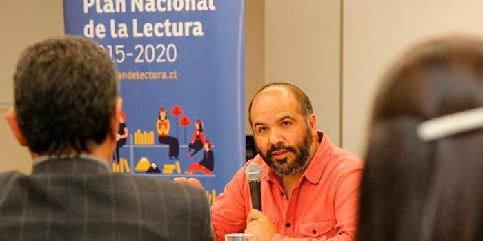 Con el escritor nacional Felipe Moncada parte el ciclo de Diálogos en Movimiento
