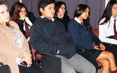 Cosam del Hospital Santa Cruz da inicio a ciclo de charlas a la comunidad