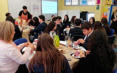 Injuv realiza el segundo desayuno público con estudiantes de Rancagua