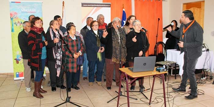Realizan encuentro de Integración y Bienvenida del Programa Vínculos en Quinta de Tilcoco