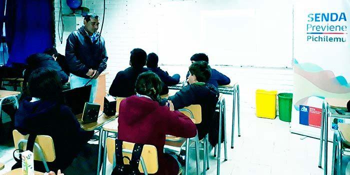 Senda Previene Pichilemu realiza charlas a colegios de la comuna