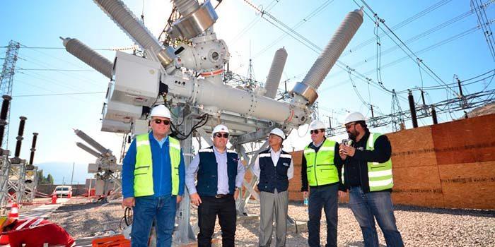 Seremi de Energía visita subestación de Transelec