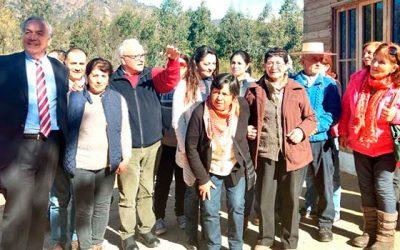 Seremi MOP se reúne con vecinos para analizar factibilidad de Agua Potable Rural y mejoramiento de conectividad