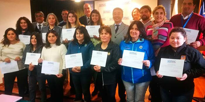 Sernac regional capacita a funcionarios municipales