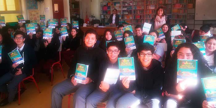 Sernac regional entrega material educativo en establecimiento educacional de Rancagua
