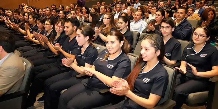 Universidad de OHiggins realiza ceremonia de investidura de estudiantes de Enfermería