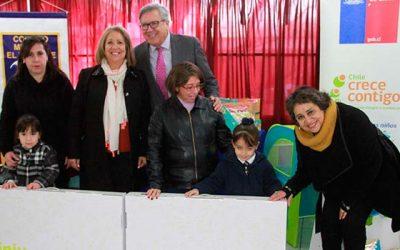 Alcalde Eduardo Soto asiste a entrega de rincones de juegos para niños y niñas de Pre kínder