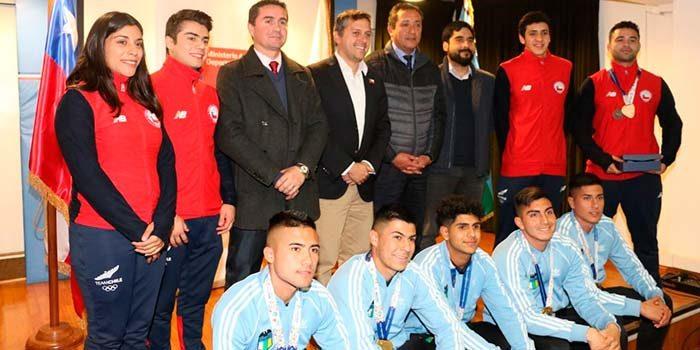 Autoridades homenajean a los deportistas que participaron en los Juegos Odesur de Cochabamba 2018