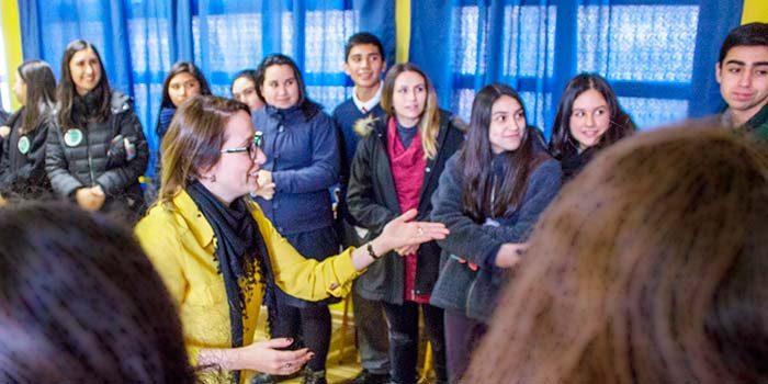 Científicas abogan por combatir estereotipos y disminuir brechas de género en la ciencia