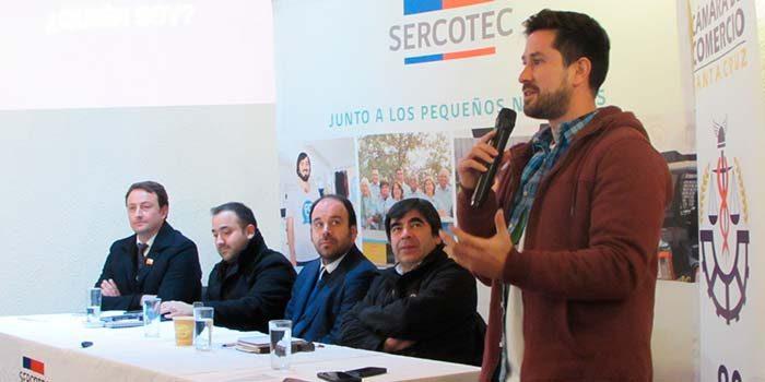 Emprendedores conocen estrategias para ingresar al mercado digital en seminario del Sercotec