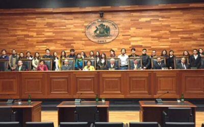Estudiantes de Administración Pública UOH conocen el Tribunal Constitucional