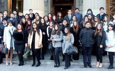 Estudiantes de Derecho UOH visitan Corte Suprema y asisten a alegatos del área penal