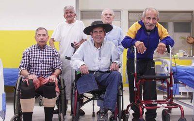 Hospitales de Marchigüe y Peumo se unen para dar solución social a adulto mayor