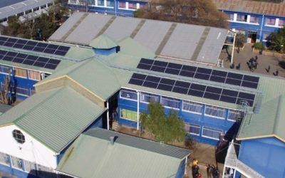 Inauguran techo solar en colegio municipal de Rancagua