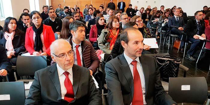Jueces y abogados participan en curso de responsabilidad civil en Rancagua