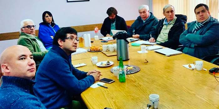 Profesionales de Piensa OHiggins participan en reunión de para revisar la calidad del agua