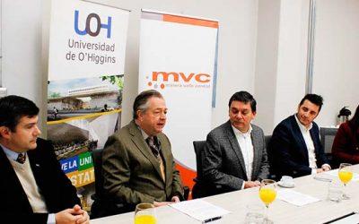 UOH firma acuerdo con Minera Valle Central para el desarrollo de programas académicos y de investigación