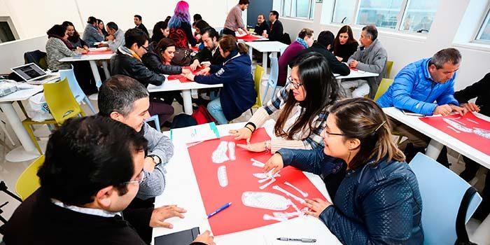 UOH realiza seminario para fomentar el desarrollo profesional de docentes de Ciencias de la región