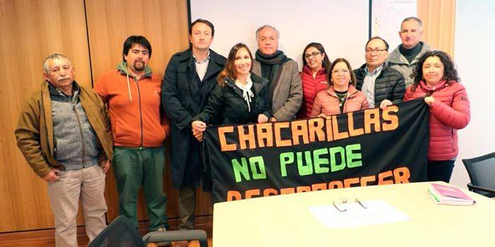 Vecinos de Chacarillas aclaran inquietudes con seremi de OOPP