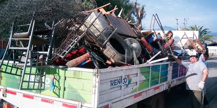 700 kilos de chatarra fueron recolectados este viernes en tres villas de Rengo