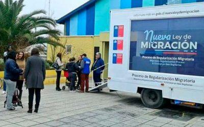 Bus de la Regularización Migratoria visita comunas de Las Cabras y Peumo