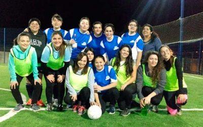 Conforman equipo de fútbol femenino en Hospital de Litueche