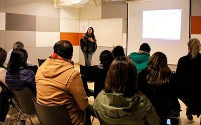 Funcionarios de Hospital Regional abordan sensibilización en atención de pacientes transexuales