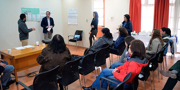 Funcionarios de Salud y usuarios se reúnen para buscar nuevas estrategias de comunicación