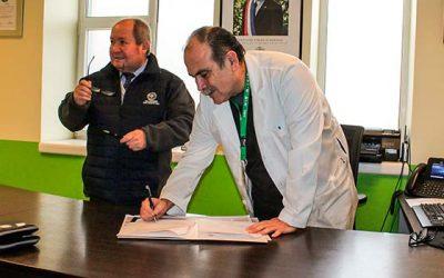 Hospital Regional firma importante convenio con Universidad San Sebastián