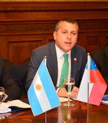 Intendente regional pide a autoridades argentinas reafirmar compromiso para reimpulsar el Paso Las Leñas