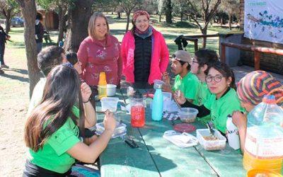 Jóvenes de tres regiones del país dan vida a Reserva Nacional Río Los Cipreses