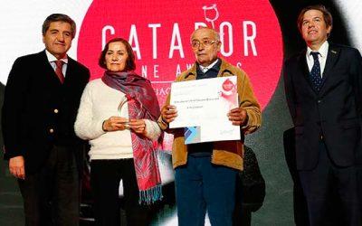 Matrimonio de pequeños viñateros de Lolol obtiene premio al Mejor Vino Campesino