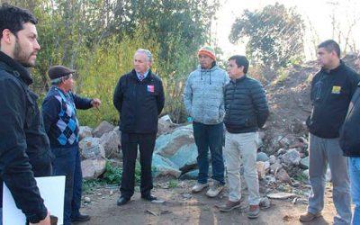MOP proyecta pavimentación de caminos y mejoramiento en defensas fluviales para Santa Cruz