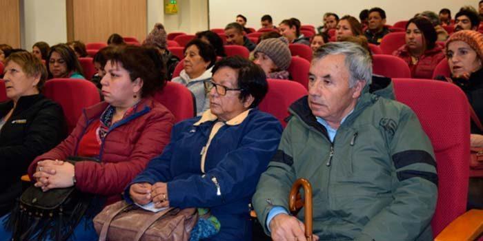 Seremi Salud, Ambiente, SAG y la Conaf informan a comunidades de la zona saturada