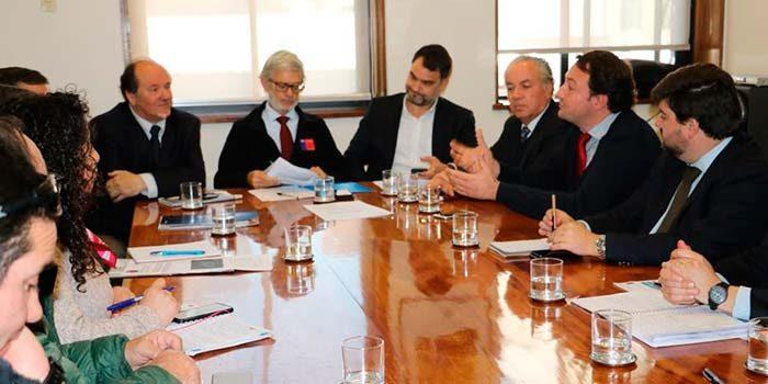 Vecinos de Colchagua se reunieron con ministro Fontaine