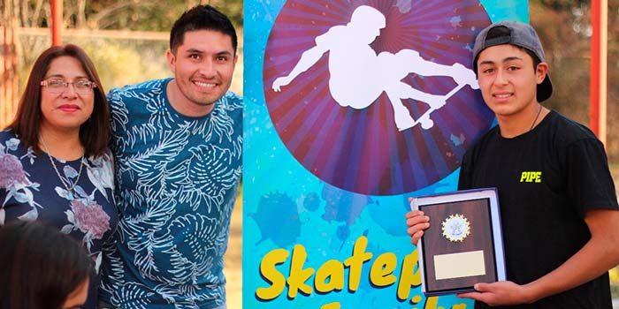 """Alcaldesa de Olivar destaca iniciativa de agrupación juvenil """"Skate family"""""""