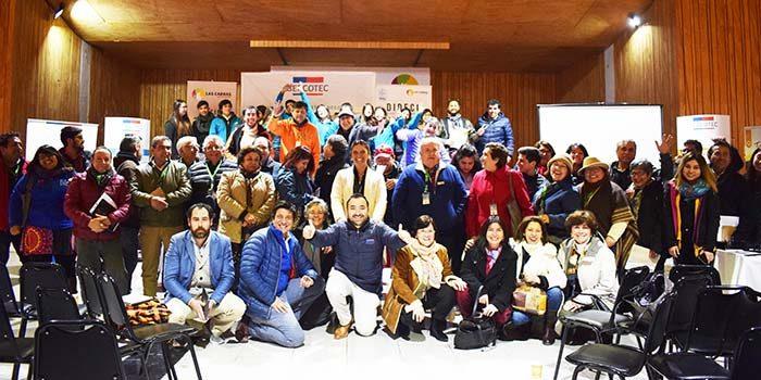 Empresarios y emprendedores turísticos del Lago Rapel participan de encuentro empresarial
