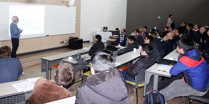 Expertos de universidades públicas y privadas reflexionan sobre Algoritmos, Optimización y Aprendizaje de Máquinas