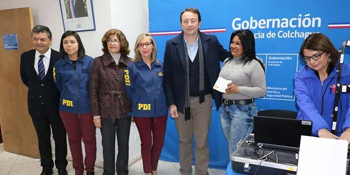 Extranjeros comienzan a recibir visas en Colchagua