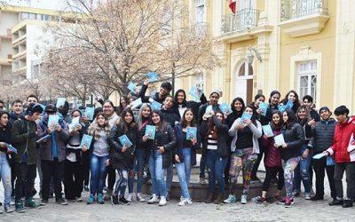 Jóvenes de las regiones Metropolitana y Valparaíso visitan Pichilemu en viaje de estudios