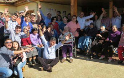 Rotarios de Santa Cruz realizan operativo médico en hogar de ancianos de Paredones