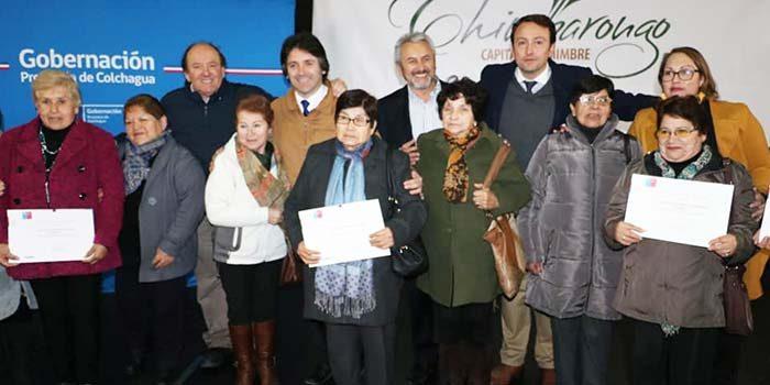 Adultos mayores de Colchagua recibieron fondos del Senama