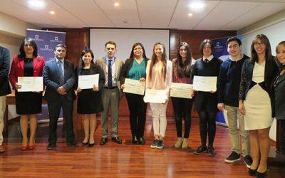 Bienestar de Rancagua premia a socios e hijos de funcionarios del Poder Judicial con destacado rendimiento académico