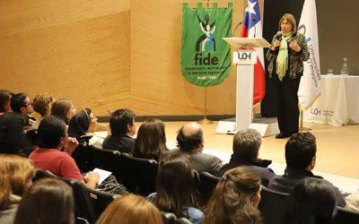 Destacada psicóloga infantil Neva Milicic dicta charla en la UOH