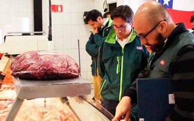 Director regional del SAG fiscaliza carnicerías de la región