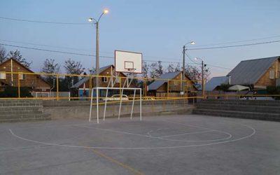 Intendente inaugura en Requínoa moderna multicancha